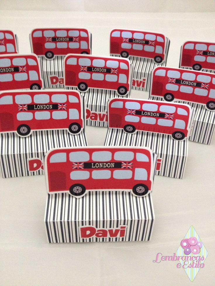 Porta bis duplo personalizado ônibus de Londres. Um diferencial na sua festa (*) Bis não esta incluso no valor.