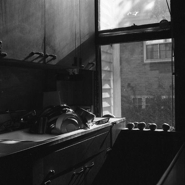 Vivian Maier, Wilmette, IL (Tomatoes on Window Sill), 1968