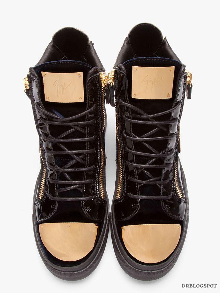 Giuseppe_Zanotti_Metal_Sneakers_2014_Online-32266M050008_5_1.jpg (952×1269)