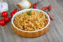 light-quinoa-and-chicken-dish