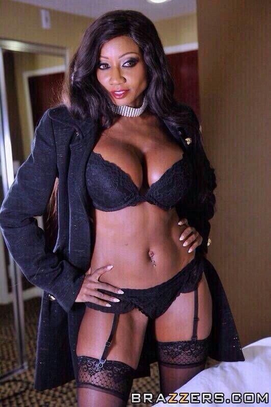 Veronica Diamond Nude Photos 55