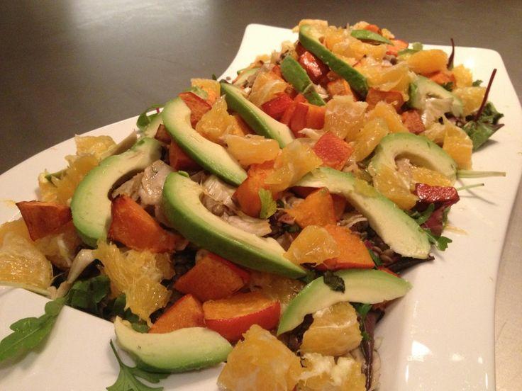 Snelle salade met venkel, sinaasappel, linzen en avocado