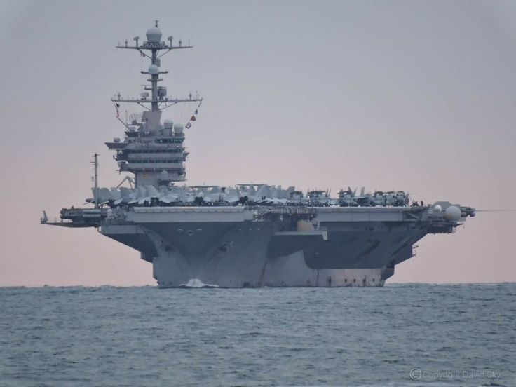 The USS George Washington looked simply breathtaking when she visited Brisbane, Australia on 23 June 2015. This is her about to leave the shelter of Moreton bay near Caloundra.