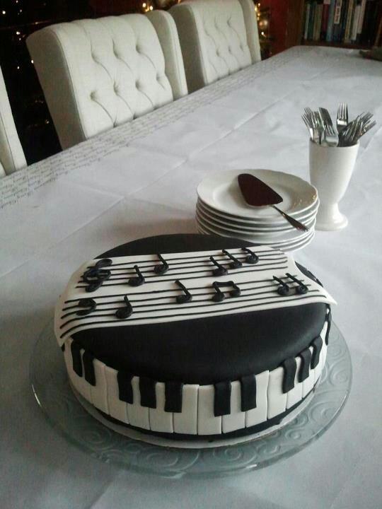 Iedereen die van muziek houd wil wel zo'n taart!