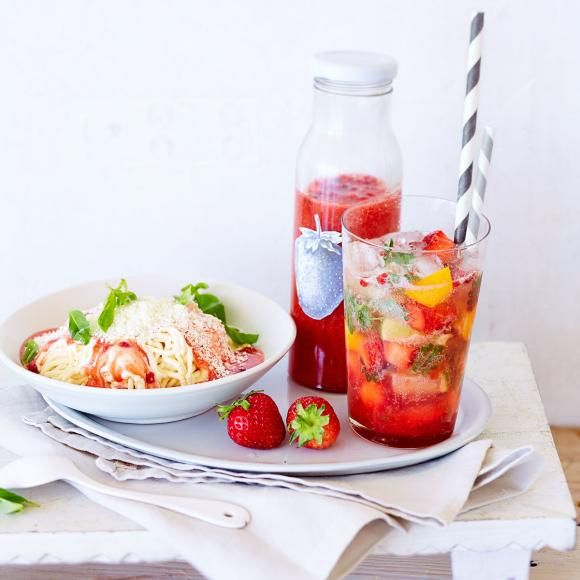 Rezept: Erdbeersauce mit rosa Pfeffer