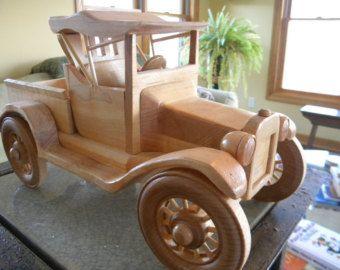 Wooden Toy Log Truck by grandpacharlieswkshp on Etsy