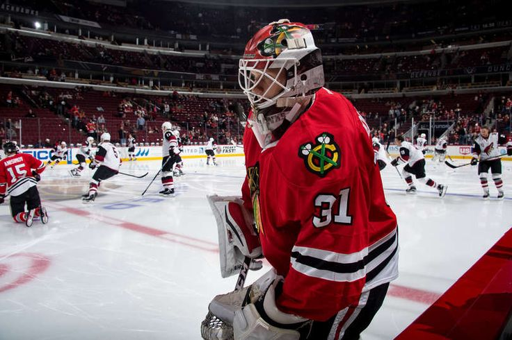 CHICAGO, IL - DECEMBER 06: Goalie Lars Johansson #31 of the Chicago Blackhawks warms up prior to the game against the Arizona Coyotes at the United Center on December 6, 2016 in Chicago, Illinois. (Photo by Bill Smith/NHLI via Getty Images)