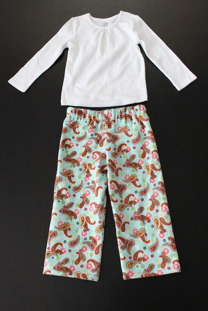 comment faire des pantalons de pyjama. SUPER facile et génie! Pantalon de pyjama Lil P est avéré vraiment mignon! J'ai beaucoup aimé ce tutoriel et je vais certainement l'utiliser à nouveau!