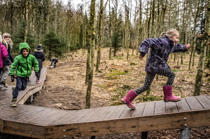 Using Kebony wood, the Skørping School created an interactive playground to encourage students to be more active and energetic, particularly those who did not already lead active lifestyles.