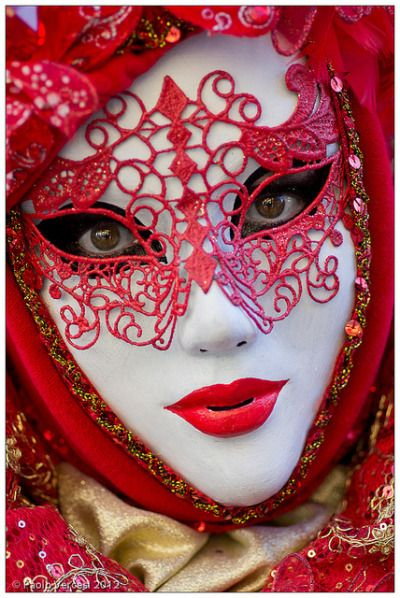 Lovely red lace reveler, Carnival at Venice (myvenetianmaks)