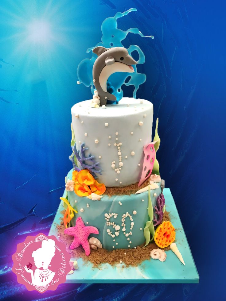 Dolphin cake, cake, cakedesign, under the sea, isomalt.