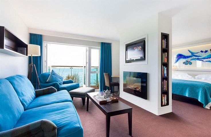 The Cliff House Hotel, Ardmore, Balcony Suite, Living Area