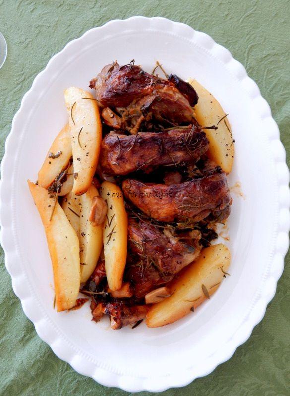 Το αρνί είναι μακράν το πιο αγαπημένο μου κρέας. Λατρεία !!! Δεν υπάρχει τρόπος που θα μαγειρευτεί και δεν θα μου αρέσε...