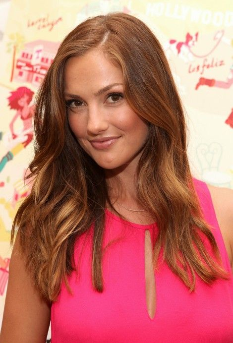 Minka Kelly Long Wavy Hairstyles for Mature Women   Hairstyles Weekly