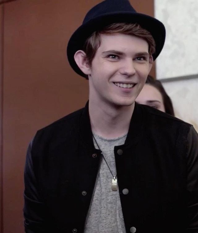 Robbie Kay: 279 Best Images About Robbie Kay On Pinterest