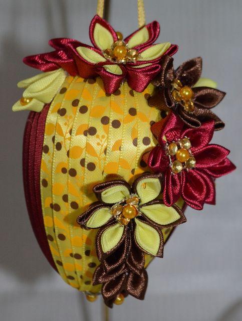 Vajíčko č. 5 :: Creative ribbons