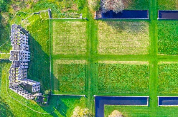 «Руины замка» (департамент Эр и Луар, Франция