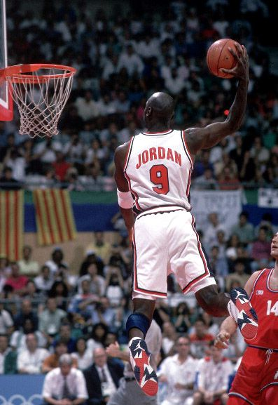 Flashback // Michael Jordan in the Air Jordan VII