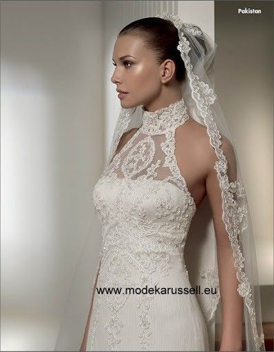 Fishtail Neckholder Pakistan Brautkleid Hochzeitskleid