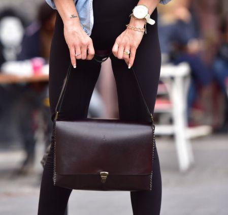 Agarapati Leather  ®  Messenger Bag