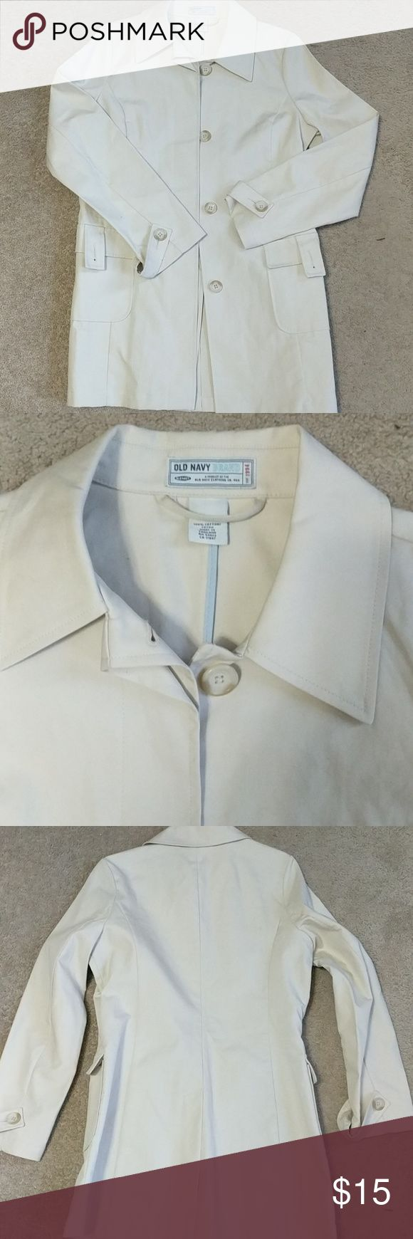 Old Navy Women's cream jacket size M Cream colored jacket with large buttons down the front. 2 button front pockets. 100% cotton  🌟Smoke free home 🌟No trades 🌟11251 Old Navy Jackets & Coats