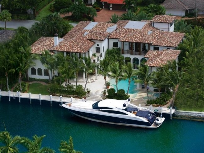 House Of The Day This 11 3 Million Mansion On The Fort