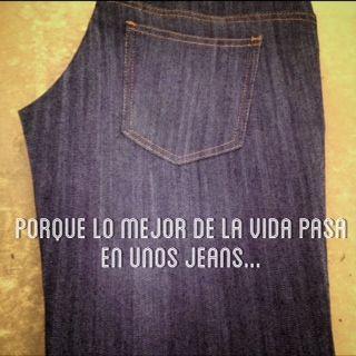 Las embarazadas también usan jeans!!!  #demimaternity #maternityfashion