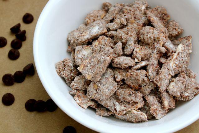 Matzah Puppy ChowPuppy Chow, Sweets Treats, Yummy Food, Passover Treats, Favorite Recipe, Matzoh Puppies, Puppies Chow, Passover Food, Matzah Puppies