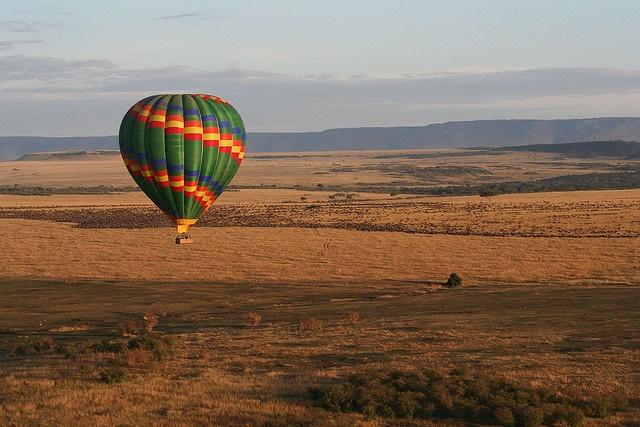 Hot Air Balloning by sparky4927, via Flickr