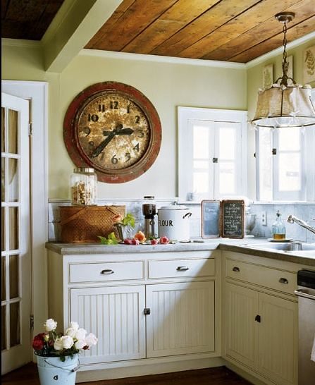 In Kitchen My Boys And Islands: Old Fashioned Kitchen With Wainscoting