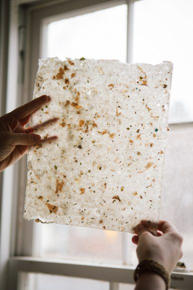 DIY handmade dried flower petal paper instructions with HOW TO images | Claire Marika Photography and Remnant Paper