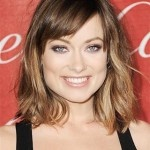 http://bit.ly/HBpGvV    Olivia Wilde's Long Bob and Side Bangs WHAT TO ASK FOR: A textured, collarbone-length bob with soft fringe. Wilde's hairstylist David Babaii recommends asking for clean edges, and using the points of the eyebrows as a guide when cutting the bangs. Photo: Jeffrey Mayer/WireImage
