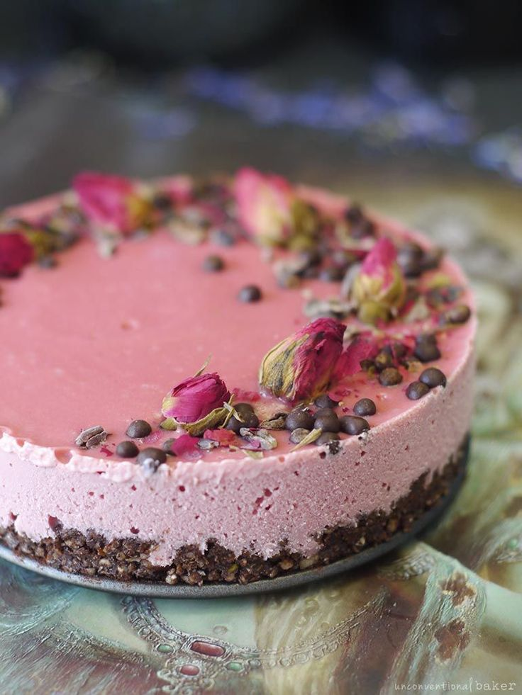 Raw Chocolate Beet Cheesecake | Vegan, dairy free, gluten free, paleo, and vegetarian. | Click for healthy recipe. | Via Unconventional Baker