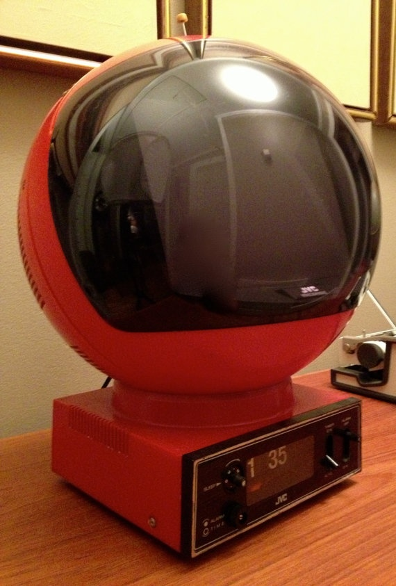 JVC Videosphere Television TV Space Age  - it's a helmet TV and a clock radio. Ah-mazing.