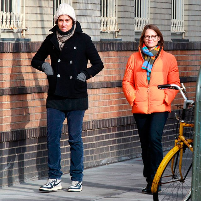 Jodie Foster weds partner Alexandra Hedison