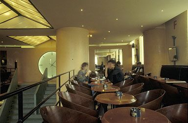1000 images about bares e restaurantes bars and restaurants on pinterest - Cafe costes paris philippe starck ...
