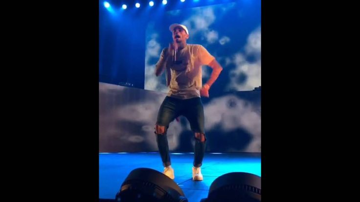 Chris Brown performing Whippin #thatdope #sneakers #luxury #dope #fashion #trending