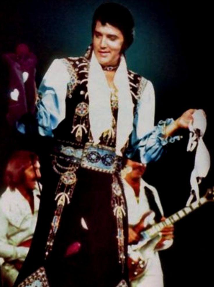 ELVIS 1975 in 2019 | Elvis presley, Elvis presley family ...