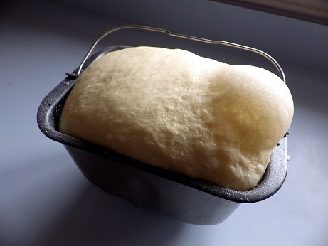 Beer Bread Recipes for Your Bread Maker A variety of beers from malts to ales to stouts work perfectly in your bread machine in many bread recipes.    Be