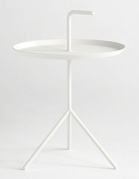 white hay table