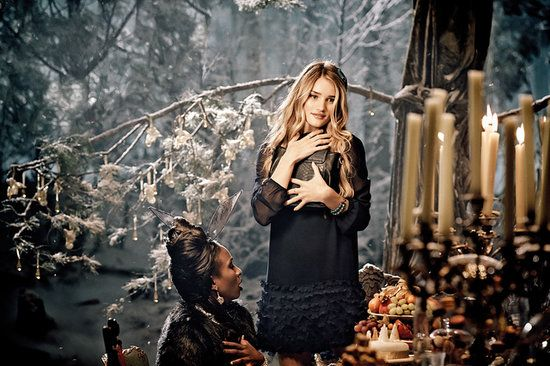 Marcs and Spencer Holidays 2013, RH-W campaign
