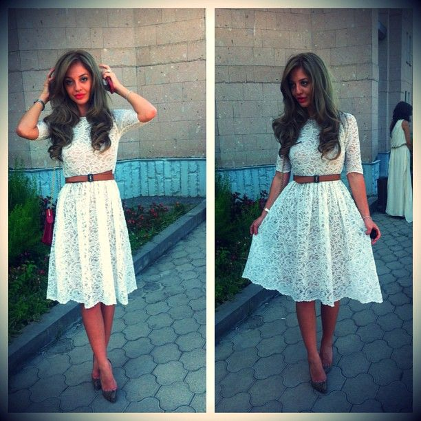 Gorgeous feminine dress. Love it! I think I am too old to wear this but this would look great on my niece,  Natalie. :)