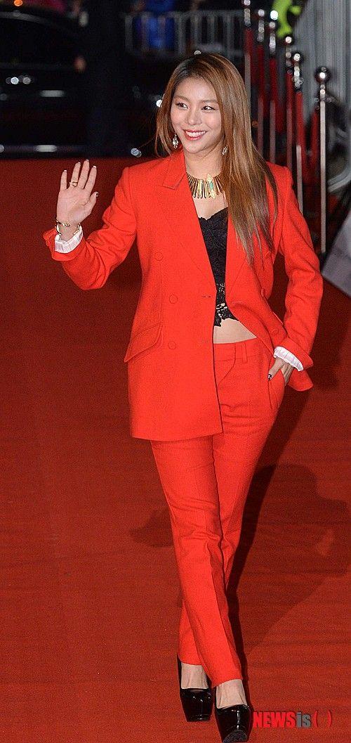 #Ailee at APAN Star Awards