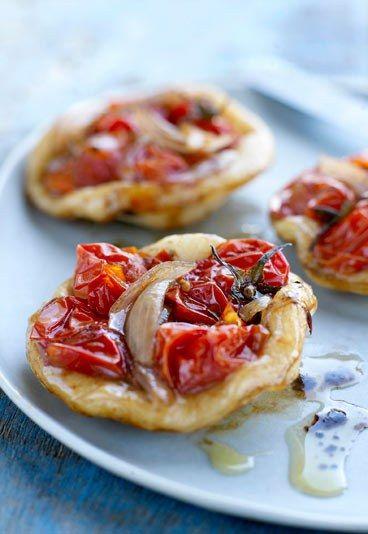 Mini-pizzas aux tomates cerise : idée de Finger food pour un buffet ou pour un apéritif gourmand