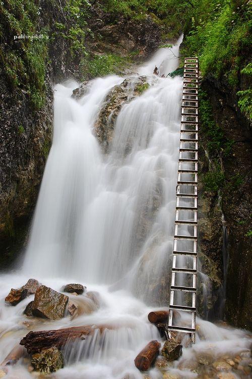 Zejmarská roklina - Nálepkove vodopády