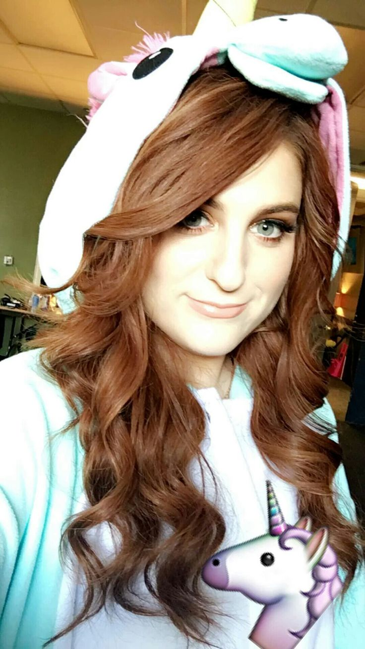 Meghan Trainor Theses no hope for you if you can't see this is a man