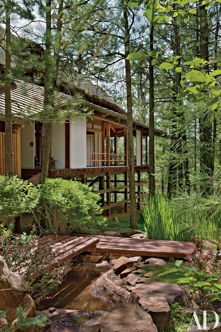 A Residence On Arizona S Mogollon Rim Features Classic