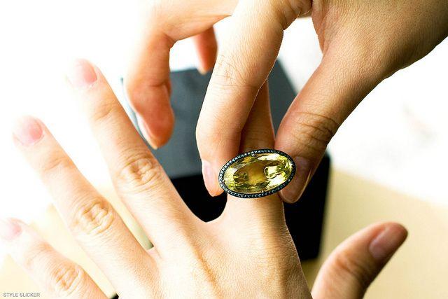 Chameleon ring by Annoushka. http://www.styleslicker.com/2011/08/26/chameleon-annoushka/