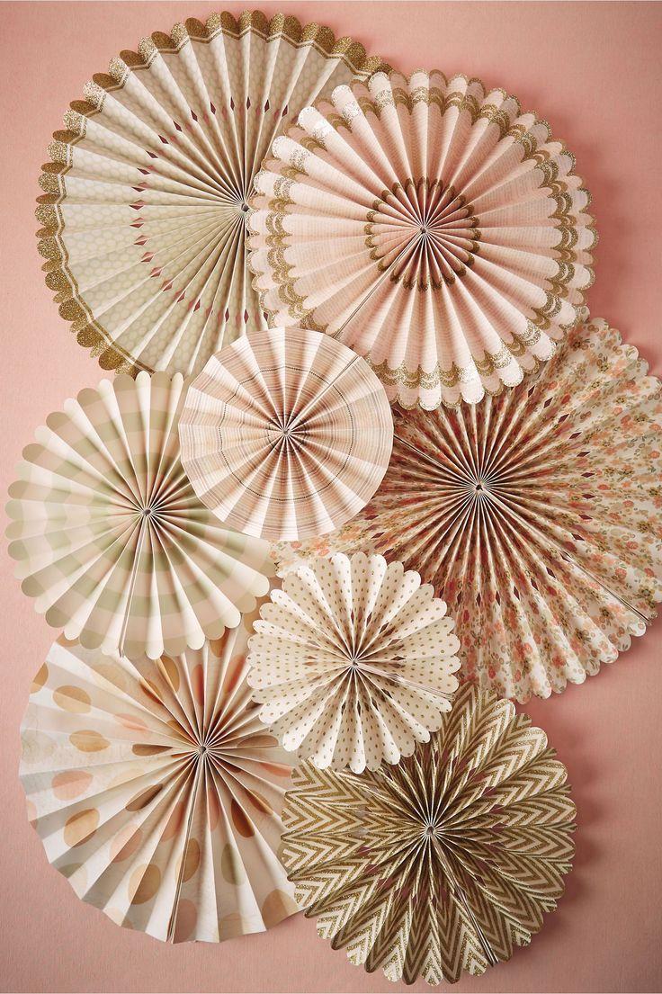Vintage crinkle fans set of 8 from bhldn wedding decor - Papel vintage pared ...
