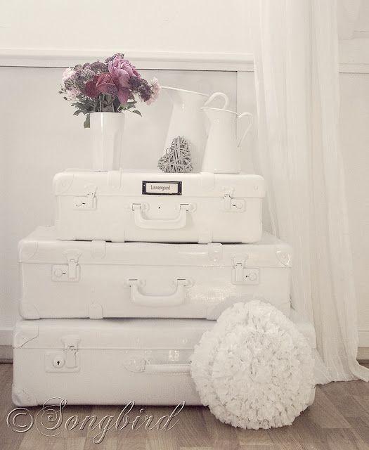 How to paint vintage suitcases via http://www.songbirdblog.com